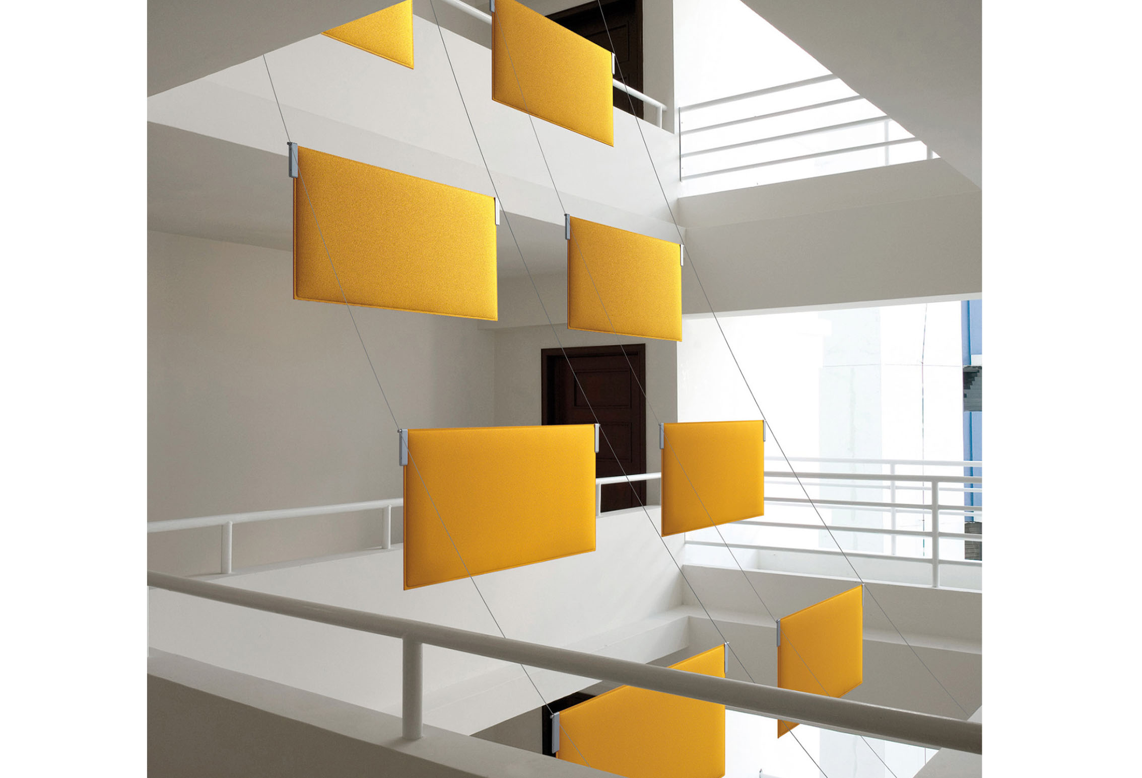 CAIMI Caimi Tra Ceiling - Gamme de panneaux acoustiques plafond